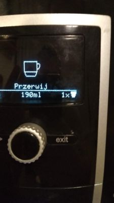NIVONA 691 - Cieknąca woda pod ekspresem