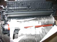 Samsung CLP-325 - drukarka wcina papier, czy to wina czujnika papieru?