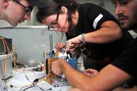 Mikroskop sił atomowych wykonany w oparciu o Lego i Arduino