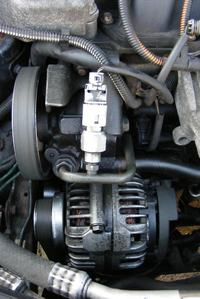 Renault Mgan Scenic 99 - Wyciek z układu wspomagania kierownicy