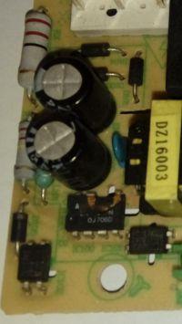 Mikrofala Sharp R-242 identyfikacja przetwornicy IC 100