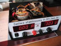 Zasilacz stabilizowany 0-30V 2mA-3A z pomiarem V i A