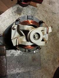 Silnik jednofazowy 1,5 kW - dwa przewody i zmiana obrot�w.