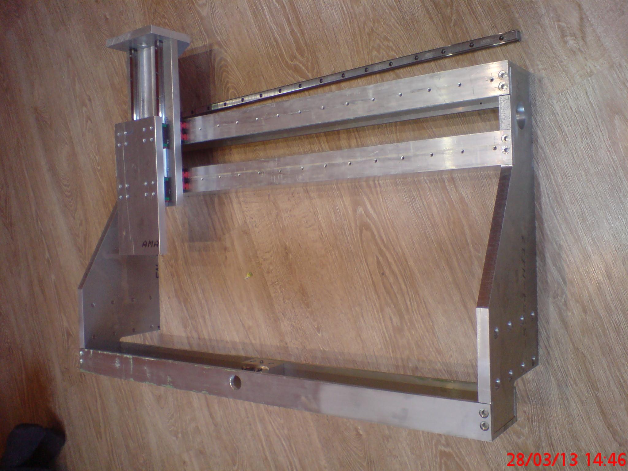 Ploter, frezarka CNC. Pocz�tek budowy