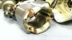 Proxxon TBM 220 - silnik - nierówna praca, iskrzenie szczotek, grzeje się