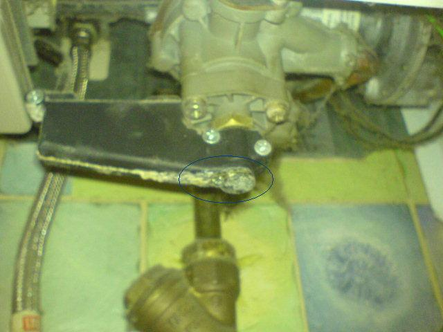 Junkers WRP 250-5 KB kapie woda