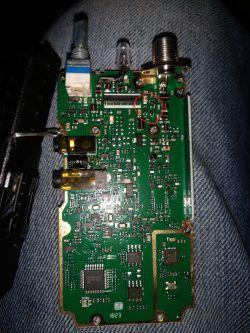 Baofeng UV-5R - tranzystor stopnia końcowego ? Nie nadaje w paśmie 70 cm