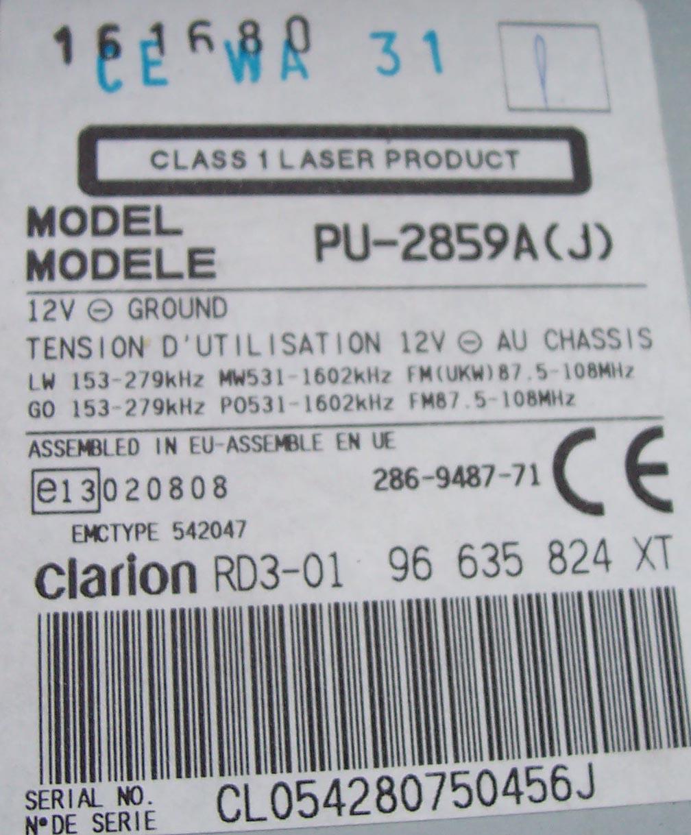 Piny z ty�u radia samochodowego Clarion PU-2859A
