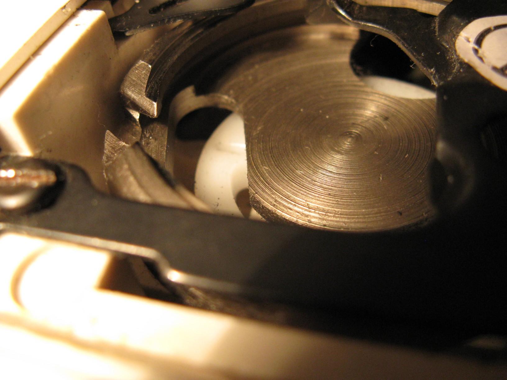Singer 4228 nie chwyta dolnej nitki