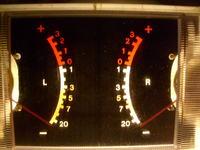 wskaźnik wysterowania kolumn L i R