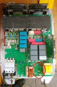 Enersys TC3 80V65 kondensatorA - spalone kondensatory filtra wejściowego