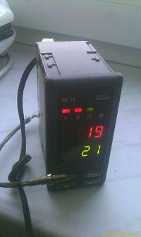 [Sprzedam] Sterownik mikroprocesorowy re18 + czujnik Pt100