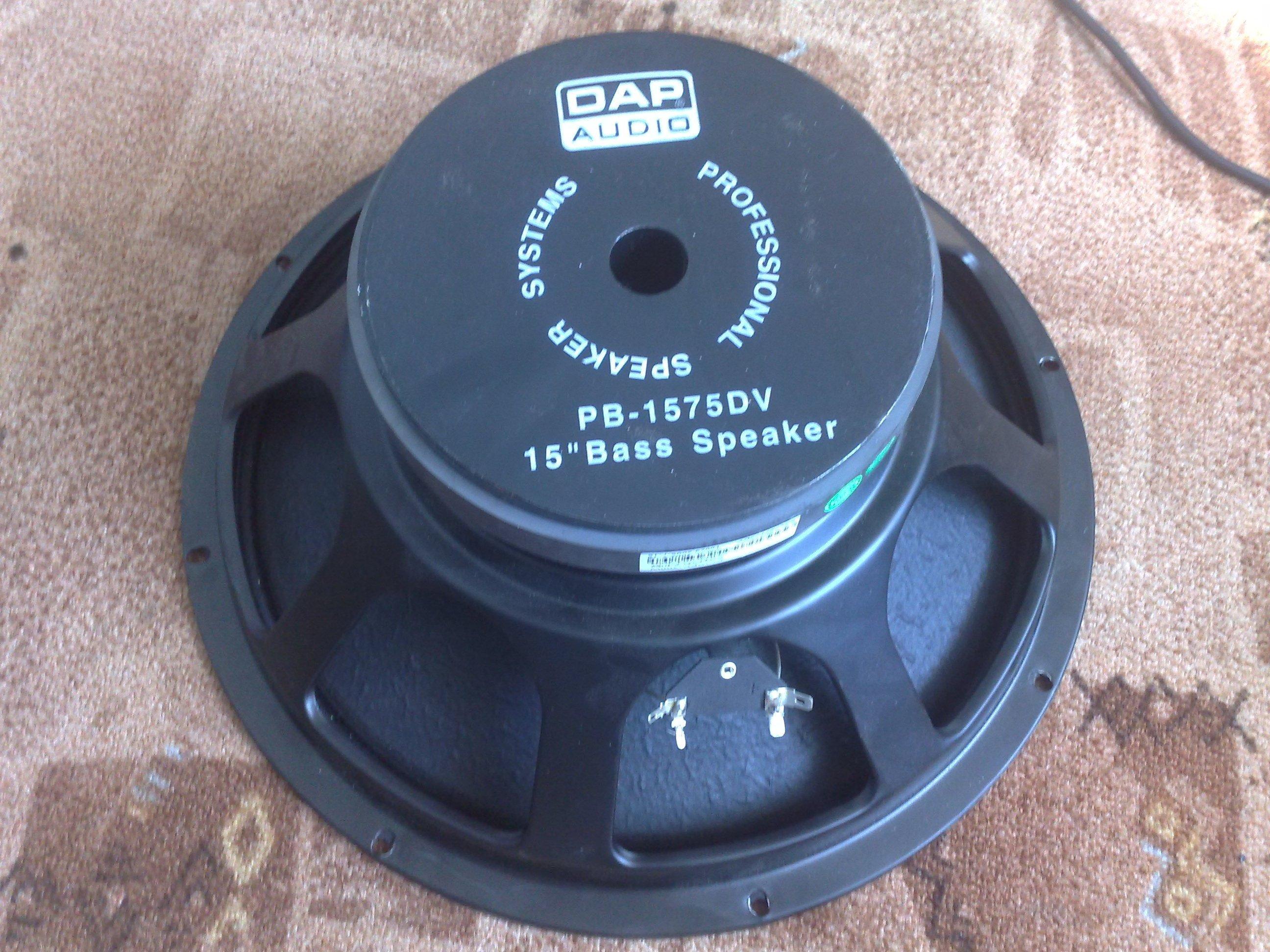 Kolumna basowa na g�o�niku 2-cewkowym DAP Audio MI-152B