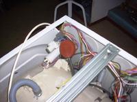 Amica AFS5015ZT, wybuch kondersatora<ów> sieci, robi spięcie po 5 min pran