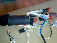 H2O mop. Świeci czerwona lampka.