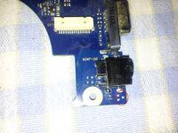 Samsung RV 510 - Brakuje elementu przy gnie�dzie DC.