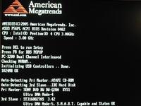 Po uszkodzeniu MBR, niemo�liwy boot nawet z CD ROM. BIOS zawiesza si�.