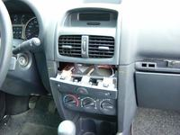 Renault Clio II - Słaby kontrast na ekranie wyświetlającym