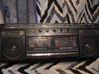 Radiomagnetofon Sanyo MW166LO - buczy po włączeniu do sieci