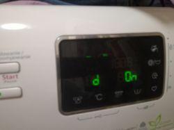 """[Rozwiązanie] Pralka Whirlpool AWOE 8142 - komunikat """"d On"""""""