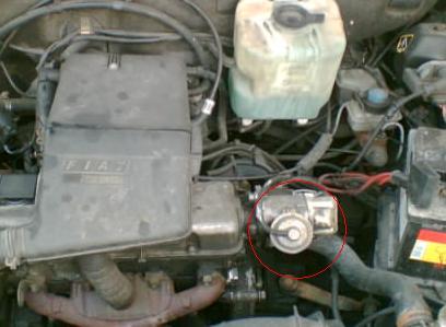 Uno 1.0 Fire 97r, Du�o pali, zimny nie odpala bez patentu.