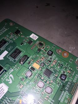 Samsung UE55ES6800 - 1/4 matrycy przyciemniona