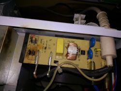 Mikrofalówka Whirlpool AMW234/SL - wywala bezpiecznik
