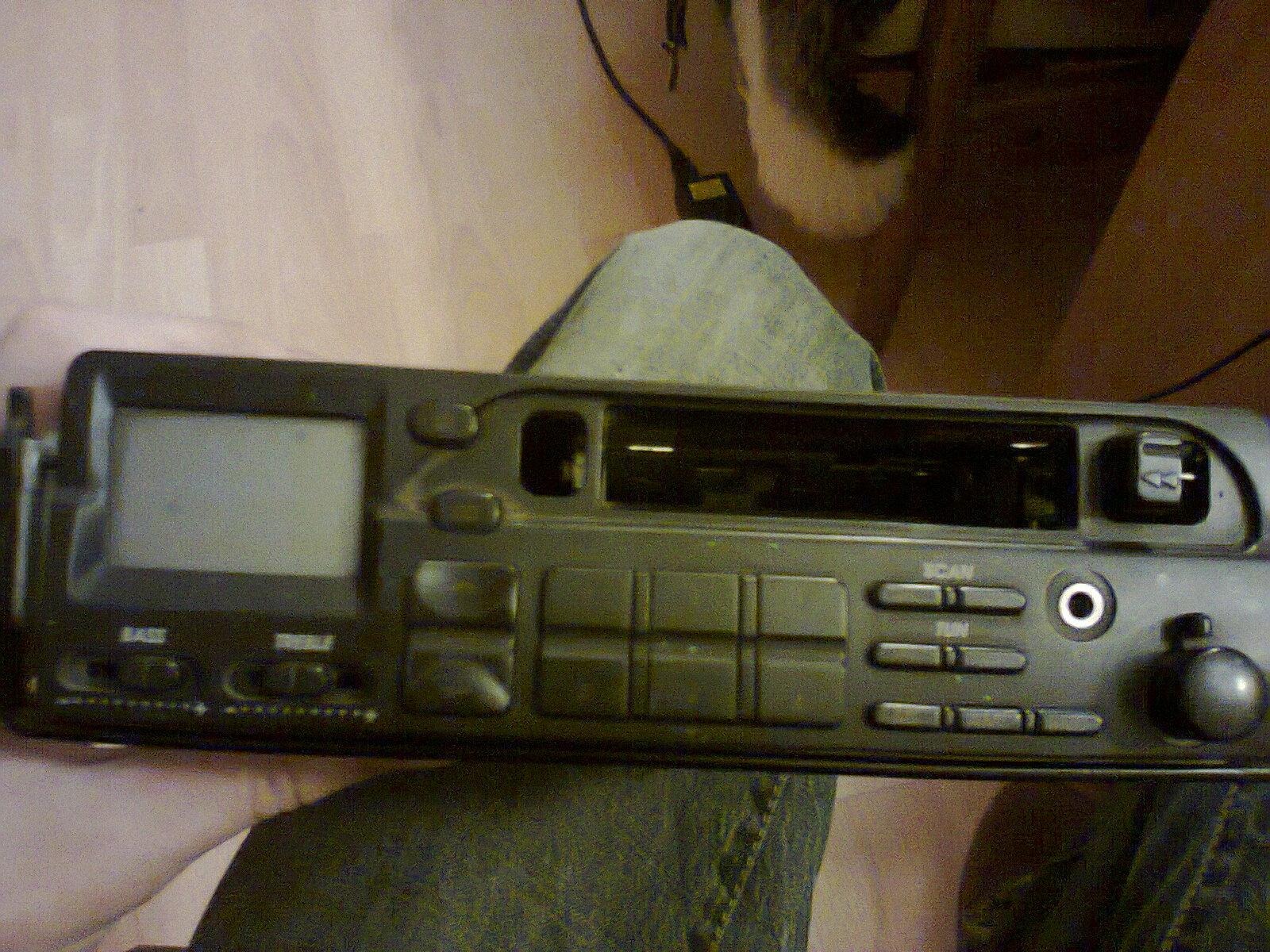 Pod��czenie niezidentyfikowanego radia
