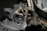 Briggs 650 - Urwana ko�c�wka d�wigni regulatora obrot�w