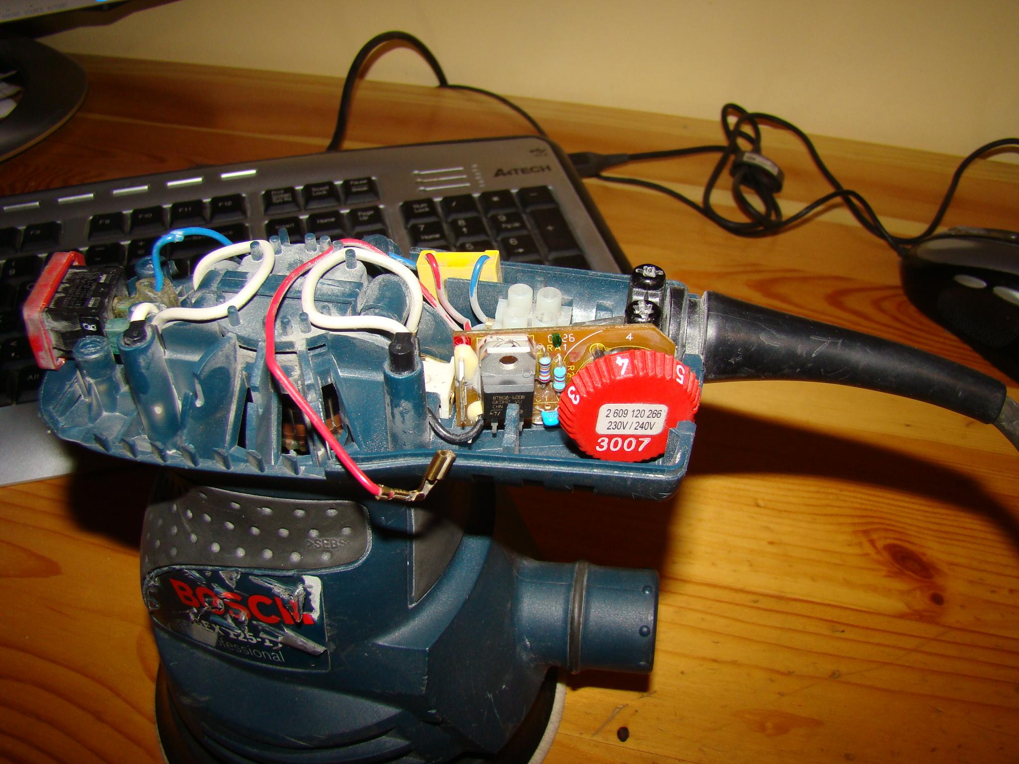 Bosch GEX 125-1 AE - Nie dzia�a regulator obrot�w, wymieniony triak