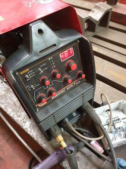 Lincoln Electric Invertec V270TP - Nie ma prądu spawania