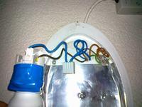 Podłączenie czujnika ruchu w pogmatwanej instalacji.