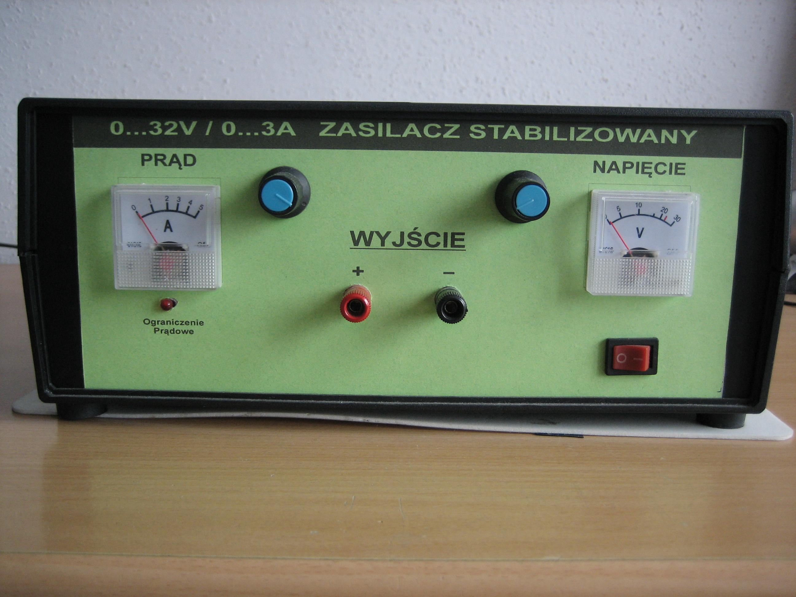 Zasilacz 0-30V 3A. Opis element�w. Schemat, zdj�cia. Prosz� o opinie.