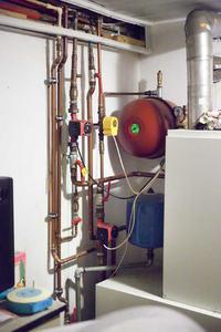 Tylko część instalacji grzeje. Kaloryfery czy pompa ?
