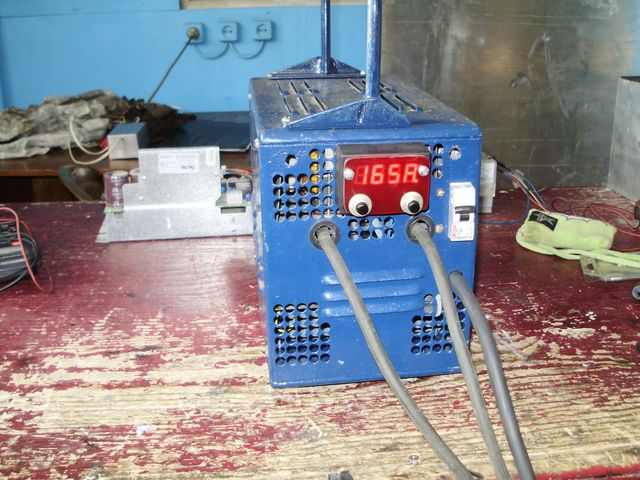 Spawarka inwertorowa (180A) - asymetryczny p�mostek sterowany mikrokontrolerem