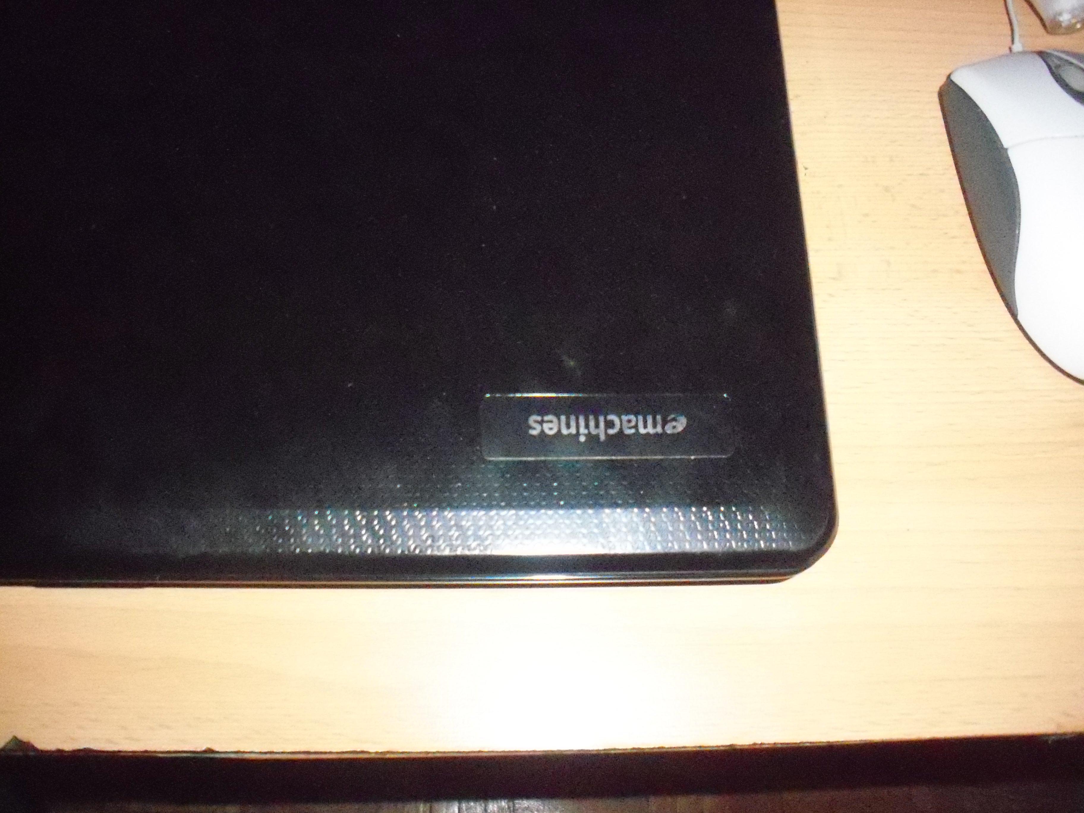 Wymieni� laptopa Emachines by Acer e525 na komputer