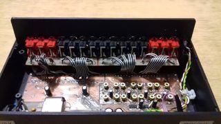 Kontroler perkusji elektronicznej z wyjściem MIDI