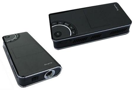 Pico-projektor Tursion TS-101 pod kontrol� systemu Win CE 5.0