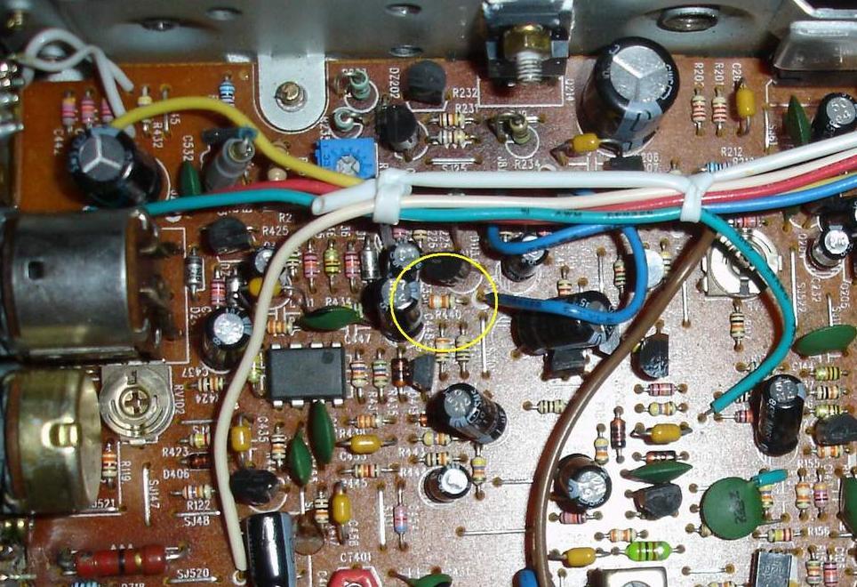 Wzmacniacz mikrofonowy AM/FM w CB radiach Alan