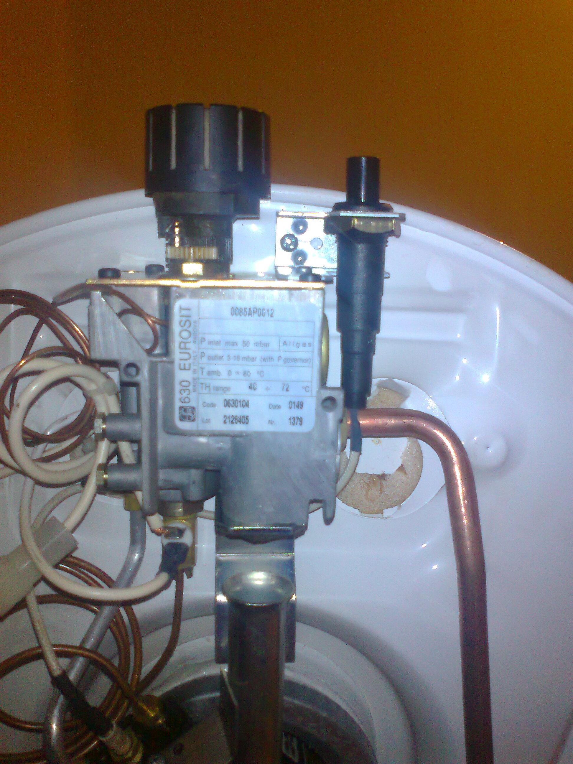 Bojler gazowy Ariston - Nie utrzymuje si� p�omyk wieczny