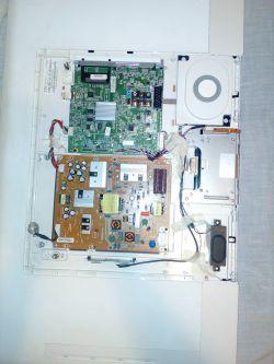 TV PHILIPS 40PFS6609/12 brak obrazu i dźwięku