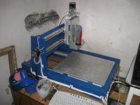 Frezarka CNC. P�profesjonalna metalowa konstrukcja skr�cana by Zuraf