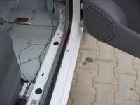 Skoda Felicia 98r. - Woda na uszczelce drzwi od strony pasażera, przód, jak usu