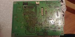 Acer S277HK - obraz czasem smuży, poziome paski
