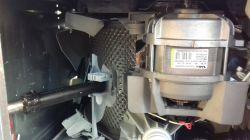 Whirlpool ITWD 61252G - uszkodzenia jak po granacie