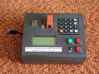 Radiowy system kontroli detonacji.