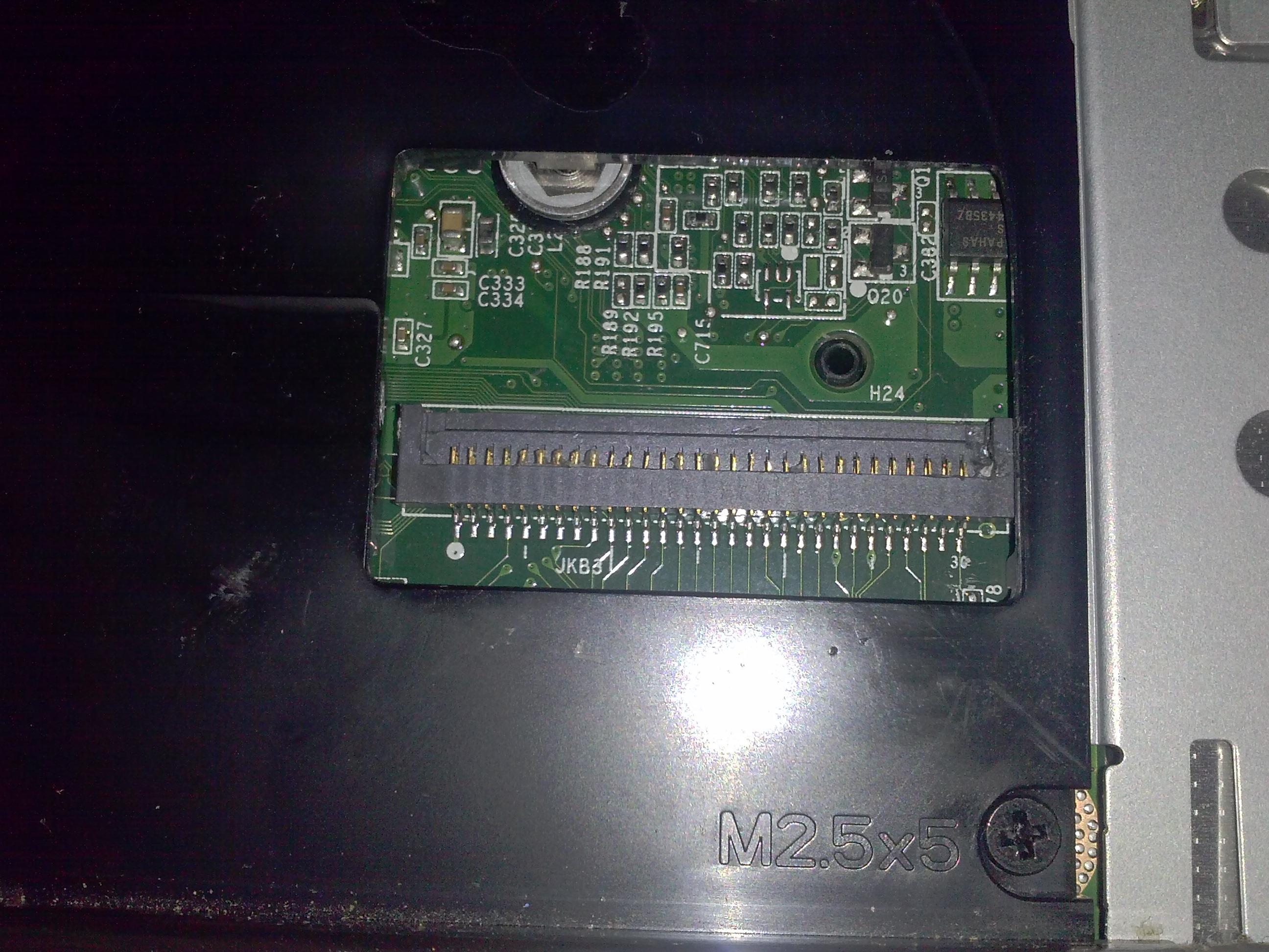 DELL 7010 - Ta�ma klawiatury - jak naprawi�?