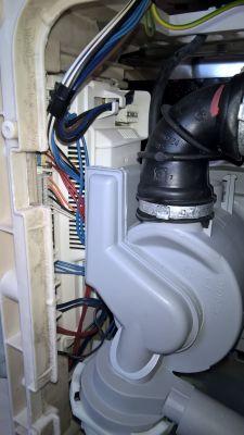 Zmywarka Ariston LSF 825 - po załączeniu błąd F13