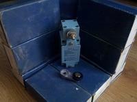 [Sprzedam] Wy��czniki kra�cowe Telemecanique XCK-J10511