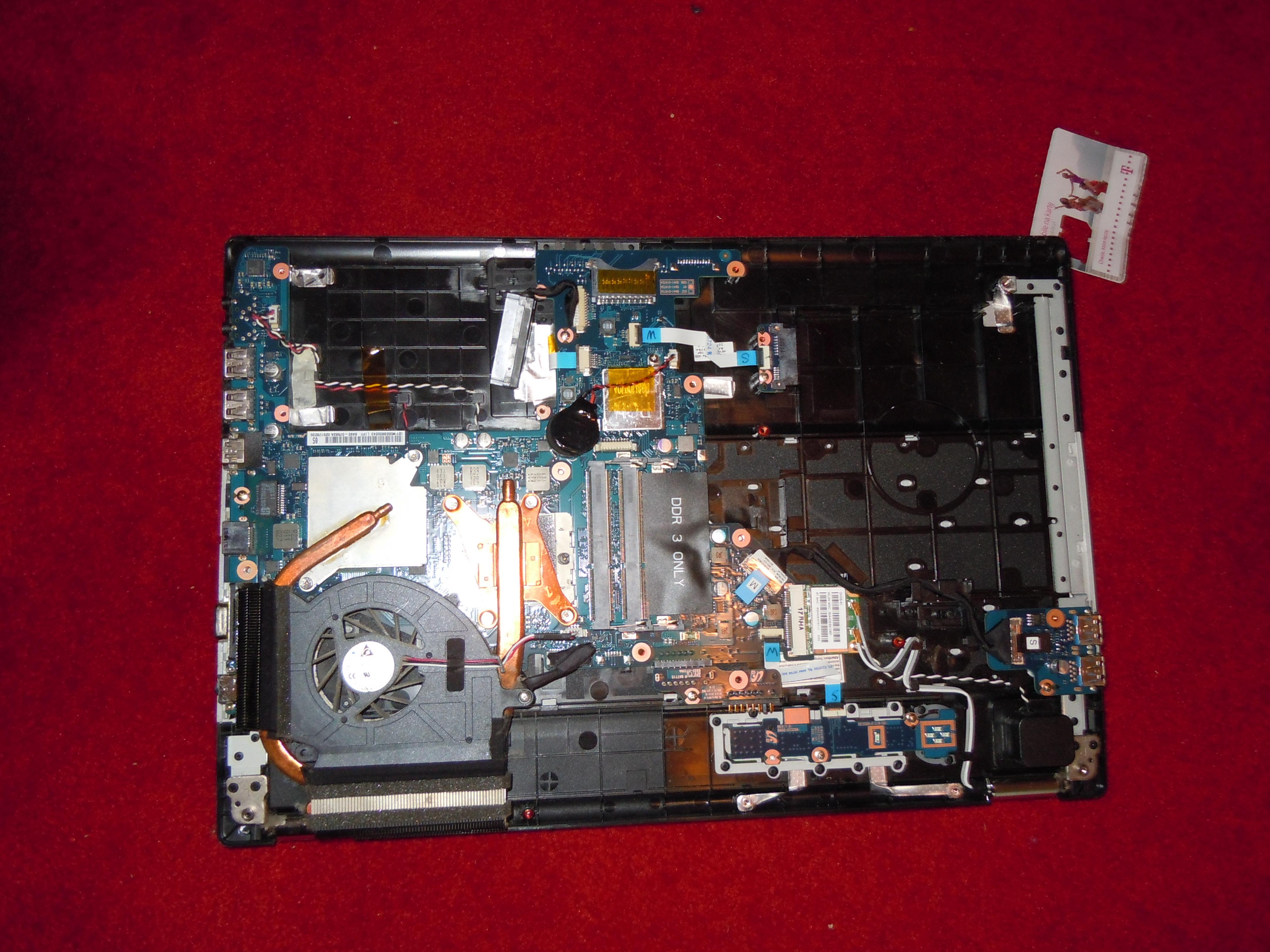 Samsung Rf511 sp06pl - Laptop si� przegrzewa mimo czyszczenia i wymiany pasty
